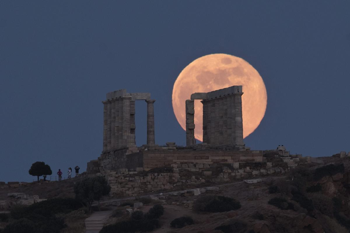 They were also able to determine the length of day and the distance between the Earth and the Moon. (AP/PTI file photo)