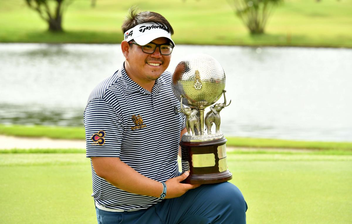 JUBILANT Panuphol Pittayarat is all smiles after clinching the Thailand Open on Sunday. AFP