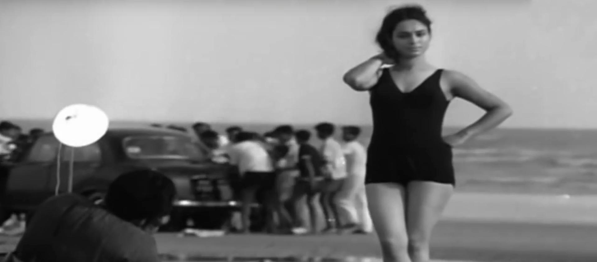 A scene from 'Pratidwandi'.