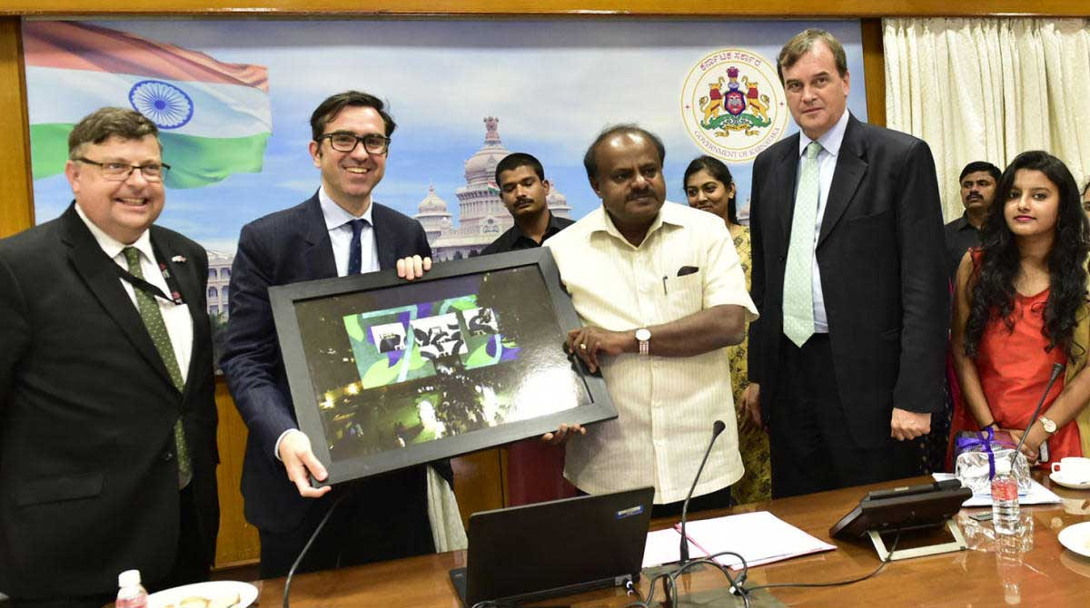 British High Commissioner to Delhi Sir Dominic Asquith KCMG called on Chief Minister H.D. Kumaraswamy today (9th August) and held bilateral discussion about mutual cooperation in various sector. On this occasion Chief Minister launched Karnataka 2050 Energy calculator , a web tool developed in association with UK and greeted the British Council scholarship winners. DH Photo
