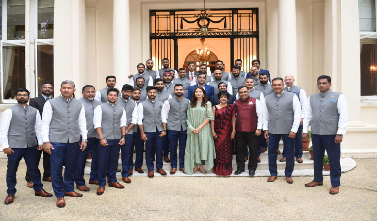 Actor Anushka Sharma, whose presence in a Team India group photo in London had attracted severe criticism online, on Monday declined to get drawn into the controversy, saying she does not engage with trolls. Picture courtesy Twitter