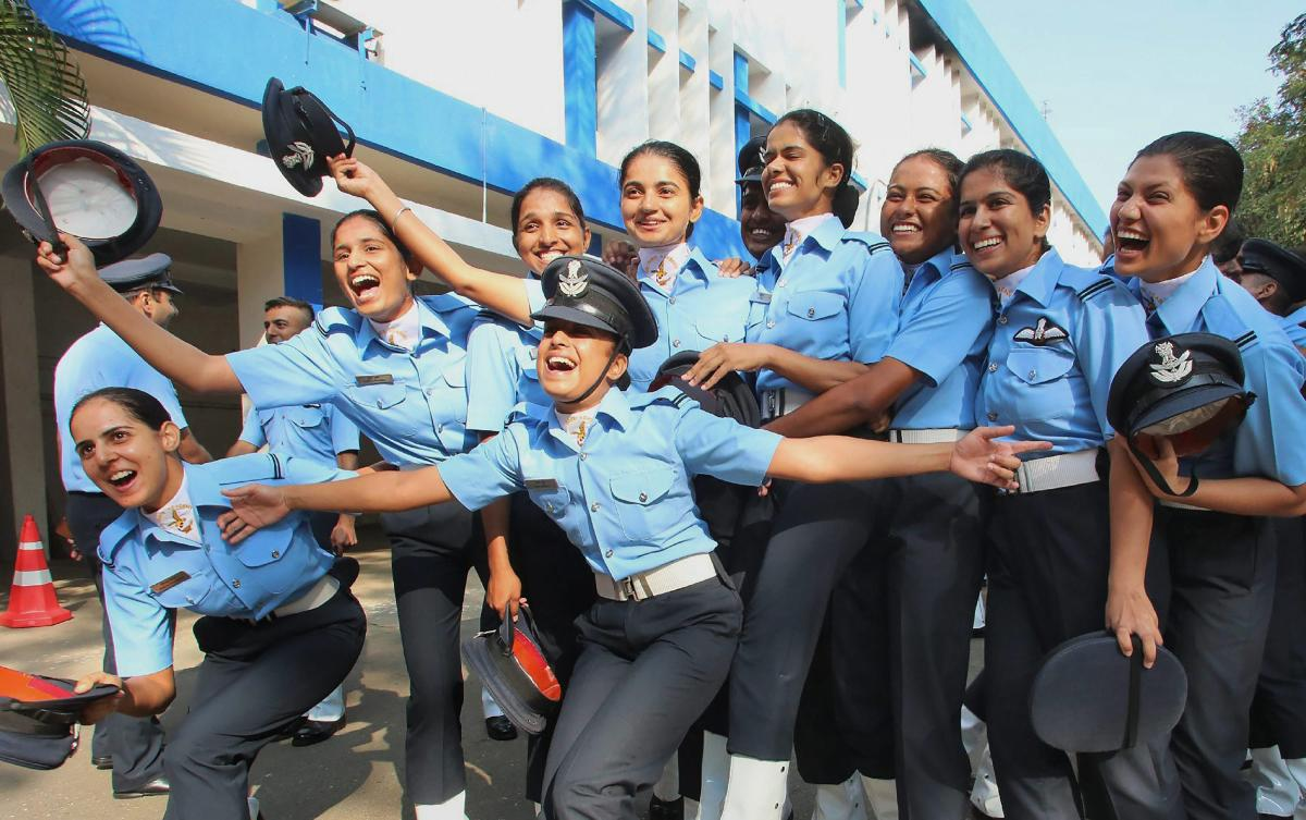 """The Delhi High Court on Tuesday sought to know the Centre's stand on a PIL alleging """"gender bias"""" and """"discrimination"""" in the Indian Air Force(IAF) for not employing women as 'airmen' in the technical and non-technical grades in any of its departments. PT"""