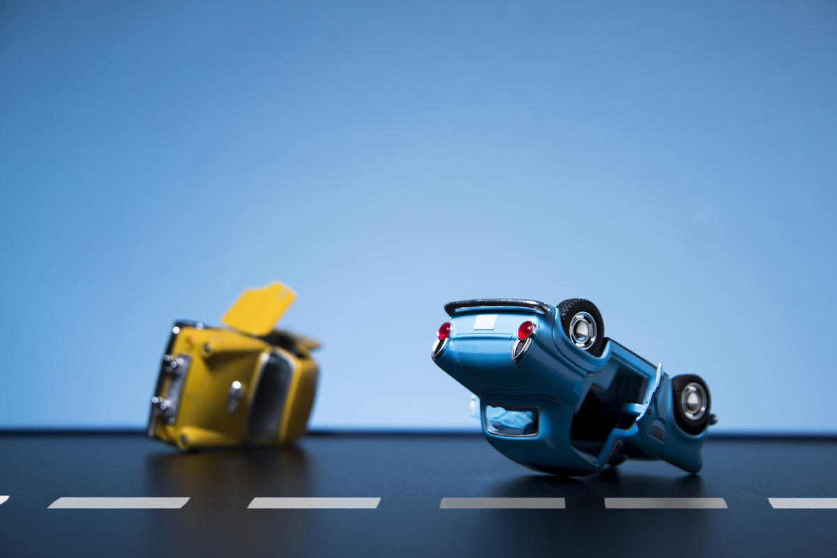 The objective is to ensure that compensation is not delayed to victims in a road accident