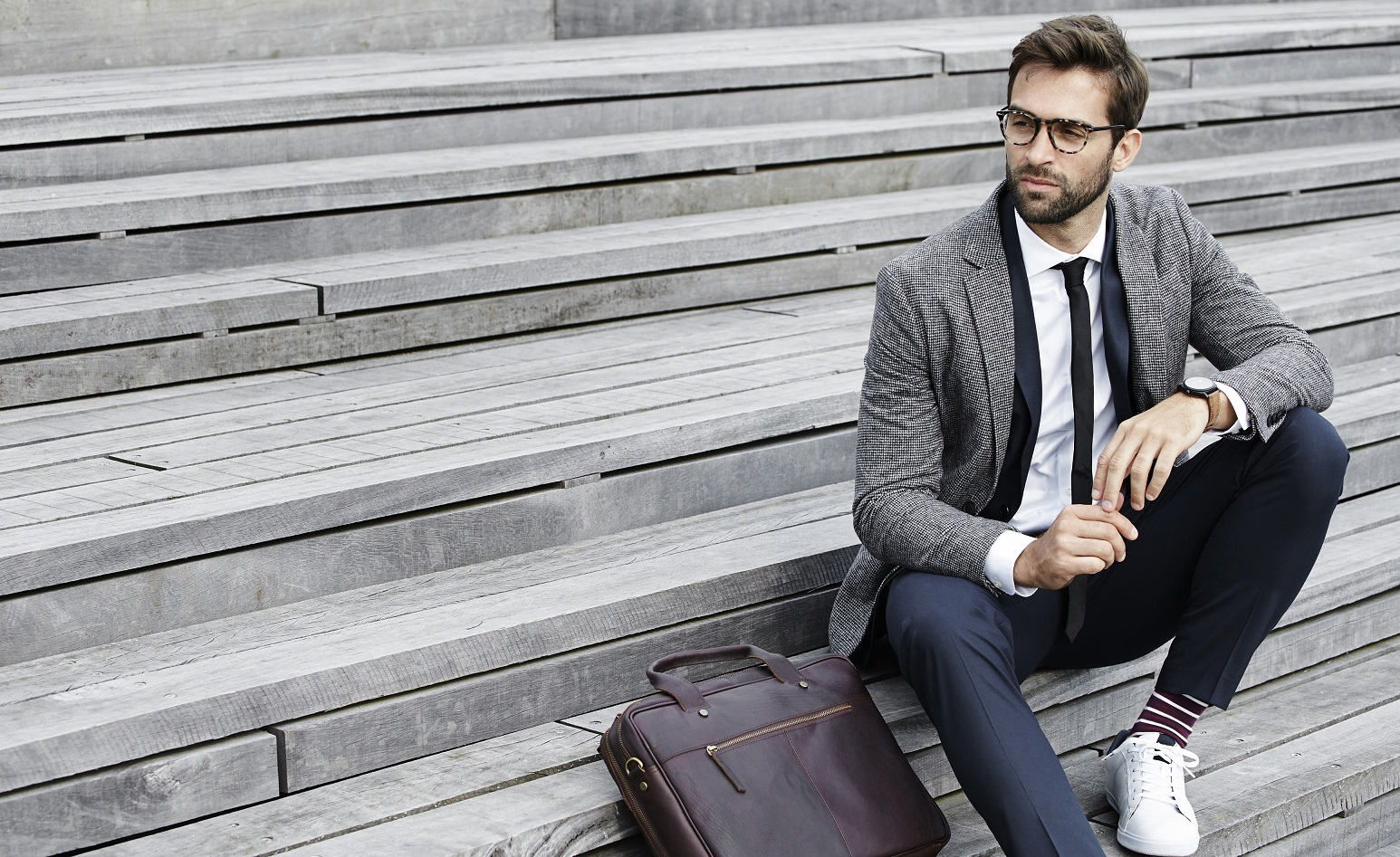 Bags can make a great statement piece. Here are a few quick ways to upgrade your outfit