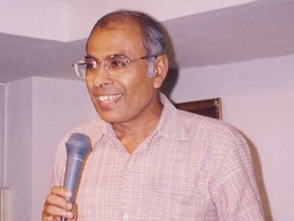 The CBI on Tuesday recovered a country-made pistol in Aurangabad in Maharashtra, similar to the one used in the killing of rationalist Narendra Dabholkar in 2013, officials said.