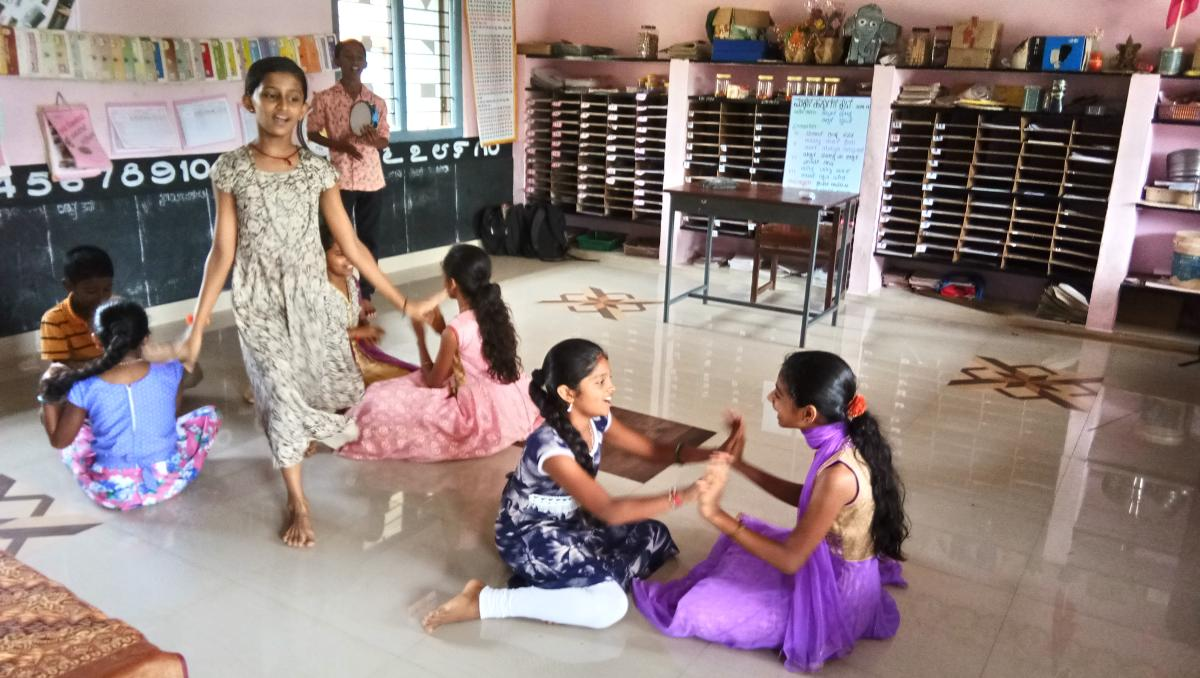 Children rehearse for Ranga Kalothsava.
