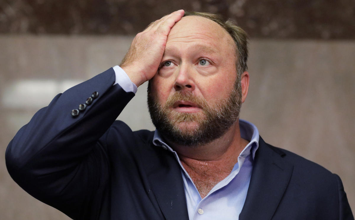 Alex Jones of Infowars talks to the media while visiting the U.S. Senate's Dirksen Senate office building as Twitter CEO Jack Dorsey testifies before a Senate Intelligence Committee hearing on Capitol Hill in Washington, U.S., September 5, 2018. (REUTERS)