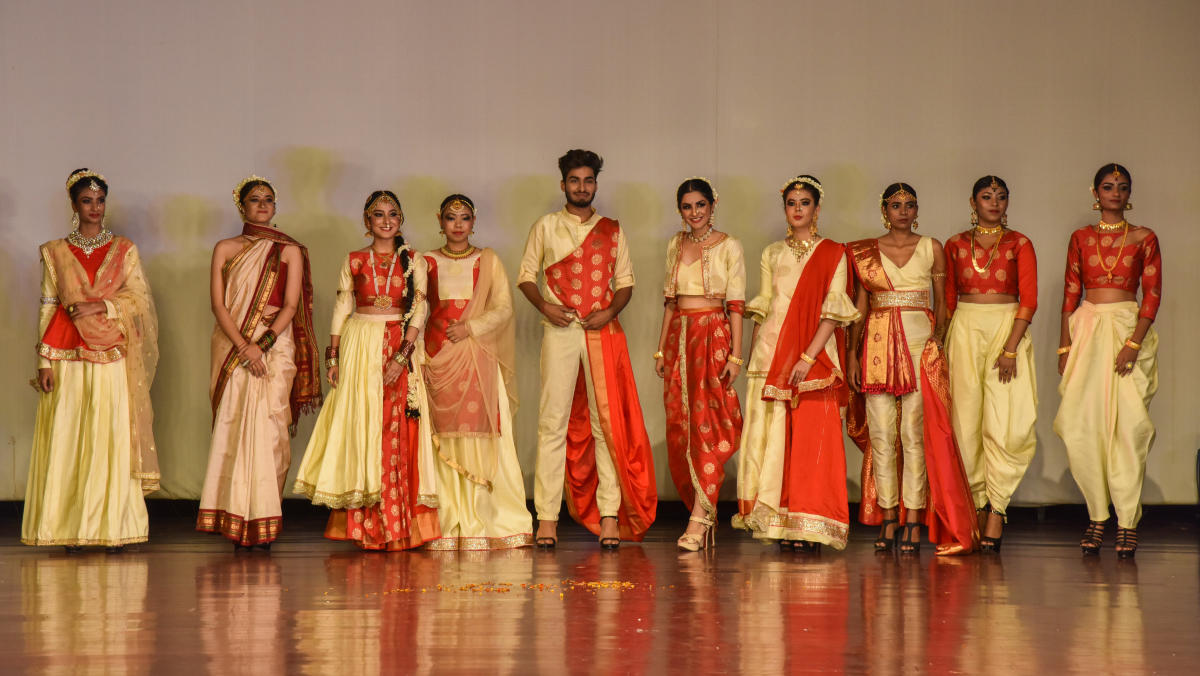Bengaluru 1948-2018, The Journey: The students of the Army Institute of Fashion and Design was placed first at the DH Metrolife fashion show at Dayananda Sagar Institutions, Kumaraswamy Layout, on Saturday. DH Photos/S K Dinesh