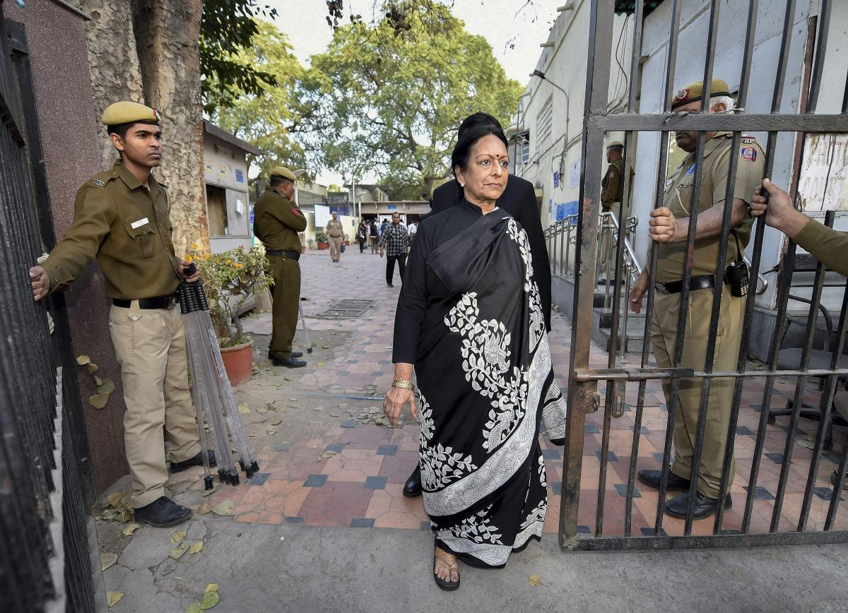Karti Chidambaram's mother Nalini Chidambaram leaves Patiala House Courts after her son was remanded to three-day CBI custody in the INX Media case, in New Delhi on Tuesday. PTI File Photo