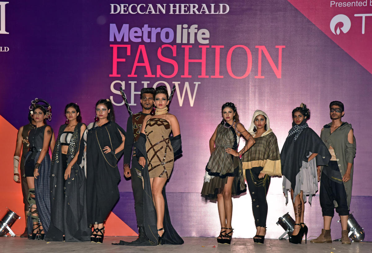 After Grand Opening Stage Set For 2nd Round Deccan Herald