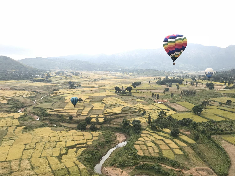 Hot air ballooning in Araku, Andhra Pradesh. Photo by authors
