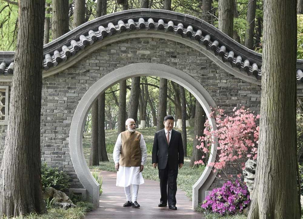 The summit was stated to be unique as the two leaders have no pressure and obligation to strike any agreements nor make big announcements but focus mainly on candid discussions on solutions to some of the vexing problems
