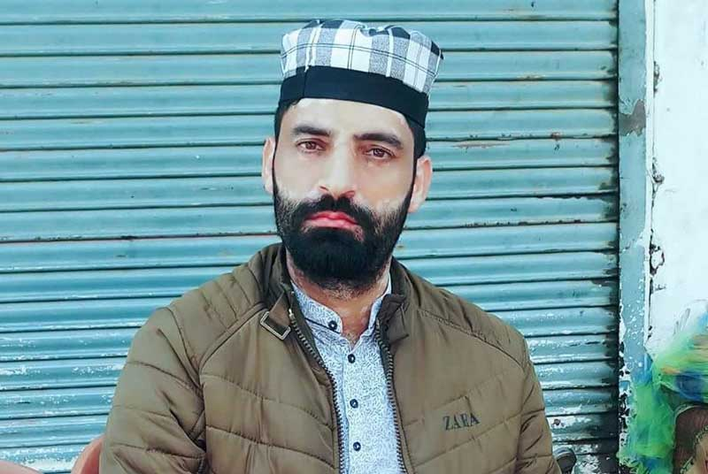 Police said Shabir Ahmad Bhat, who hails from Pathan village of Pulwama, was abducted by the militants when he was on way to home on Tuesday evening. (Twitter/ANI)