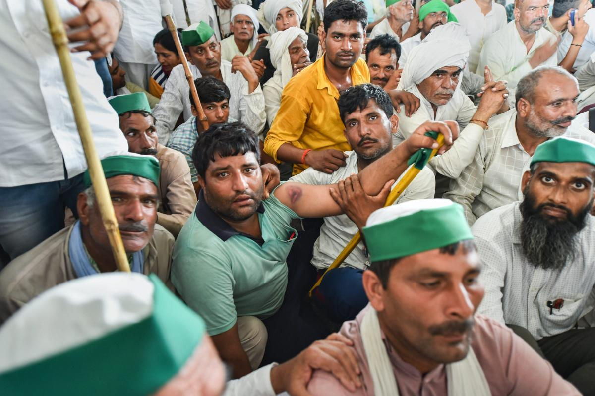 The massive farmers' protests that kept the Modi government on tenterhooks melted in the early hours of Wednesday