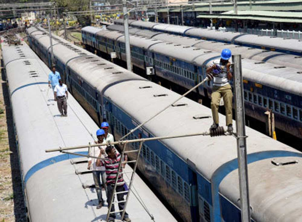 The old and outdated coaches of mail and express trains will be upgraded with modern amenities under the Railways' Utkrisht project. (DH File Photo)