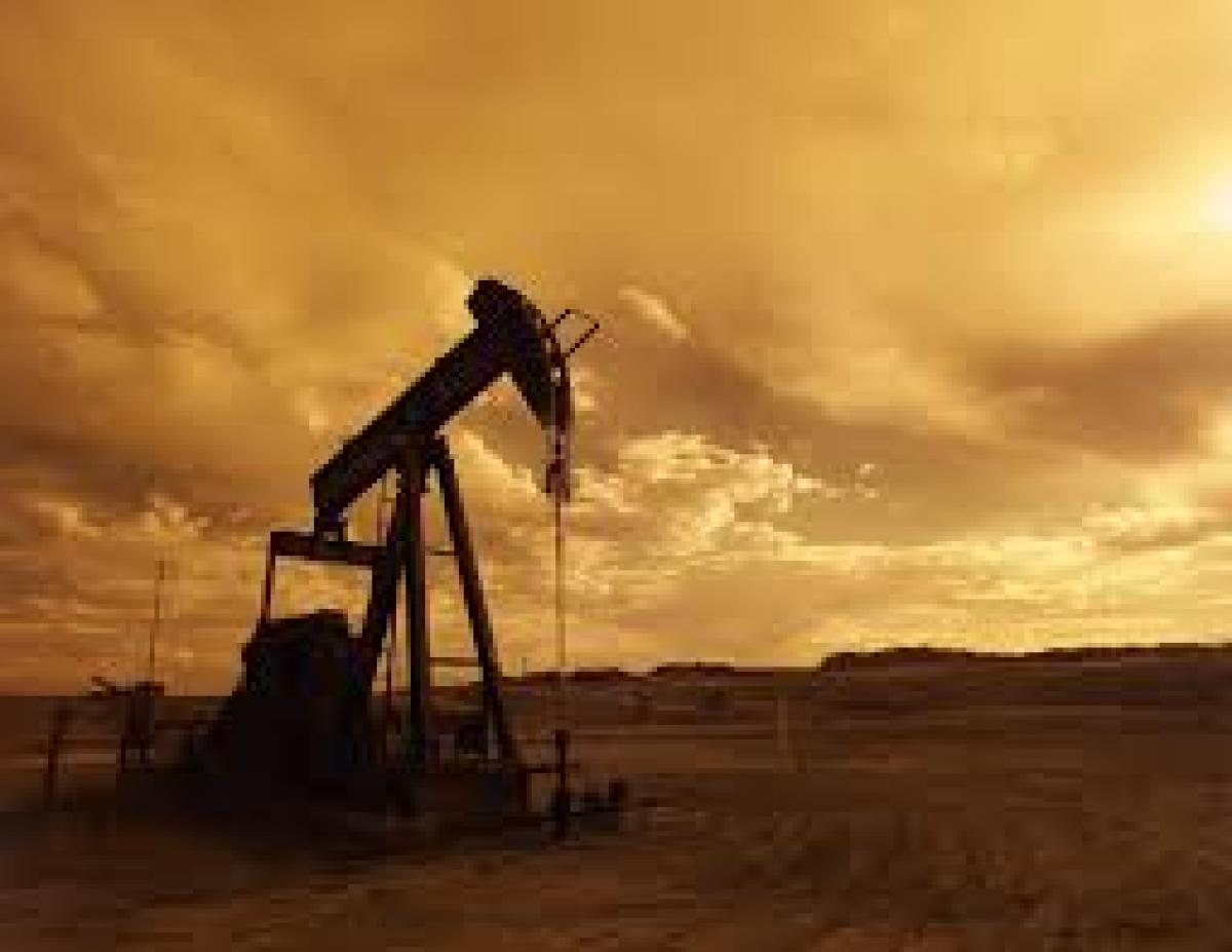 Oil refiners such as state-owned IOC and MRPL could use UCO Bank or IDBI Bank to route oil payments to Iran, sources said. File photo