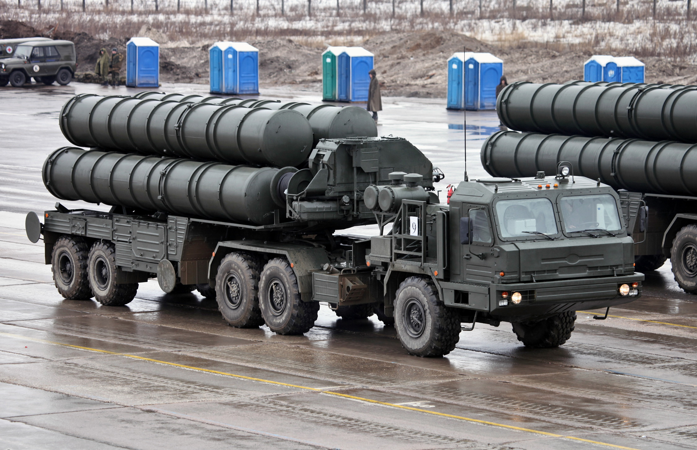 he Rs 39,000 crore deal to buy five S-400 Triumf air defence systems is high on the agenda of Modi-Putin summit.