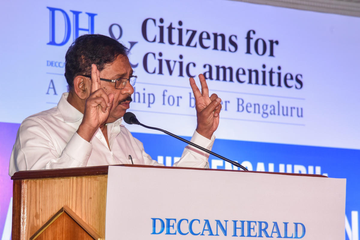 G Parameshwara, DCM speaking at Cleaning up Bengaluru, Garbage Collection and Disposal, Public Interaction programme organised by Deccan Herald at The Capitol Hotel in Bengaluru on Saturday. Photo by S K Dinesh.
