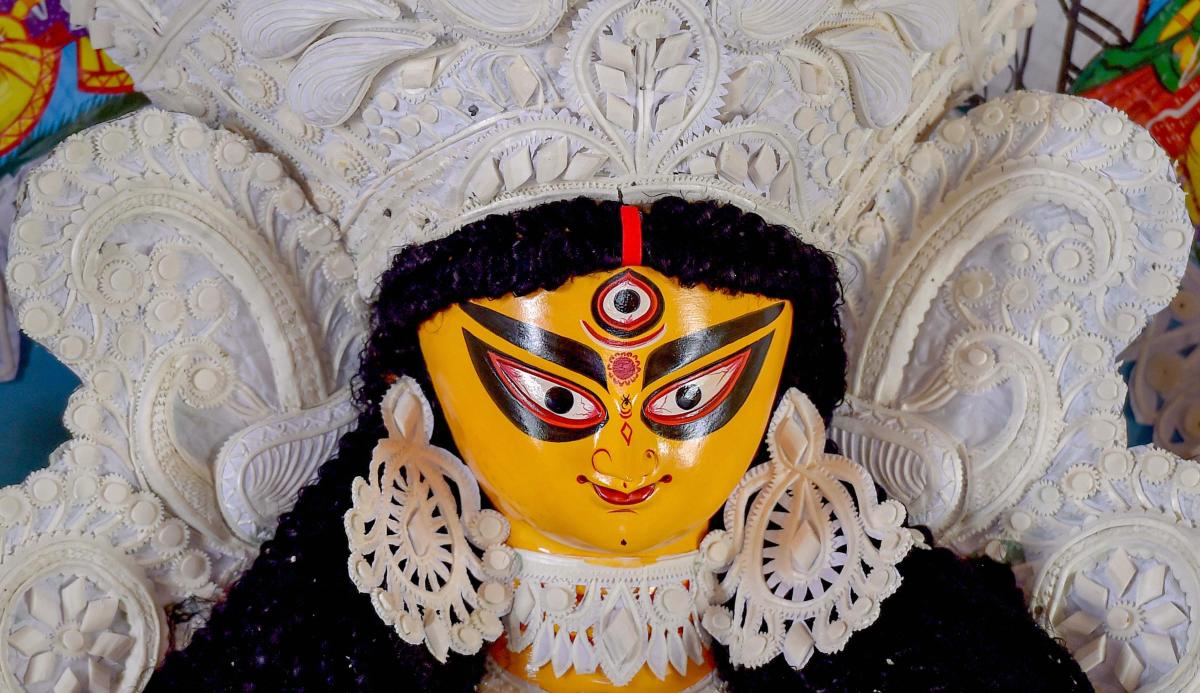 The high court had yesterday refused to interfere in the state government's decision to give Rs 10,000 each to 28,000 Durga puja committees in the state. (PTI file photo)