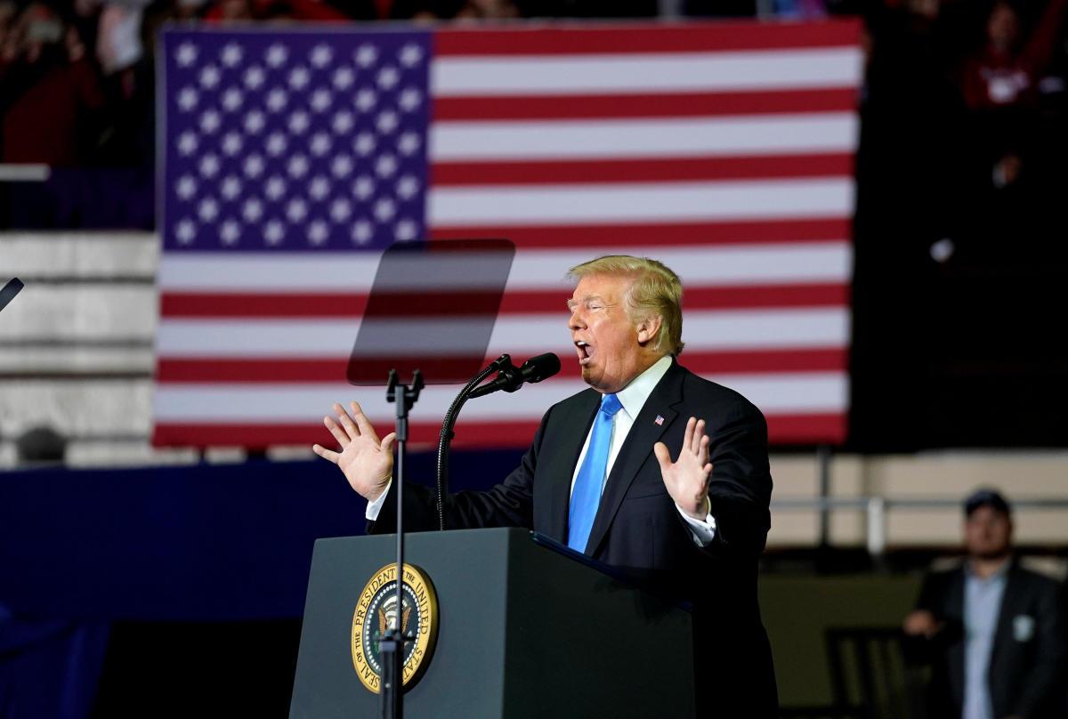 U.S. President Donald Trump speaks during a Make America Great Again rally in Richmond, Kentucky, U.S., October 13, 2018. REUTERS/Joshua Roberts
