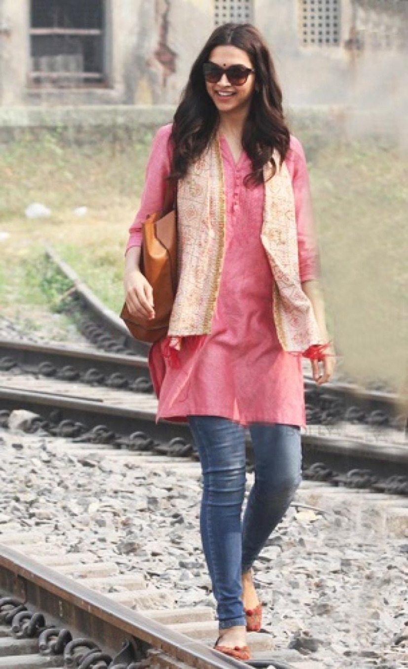 A kurta paired with jeans can be a go-to look for youngsters.