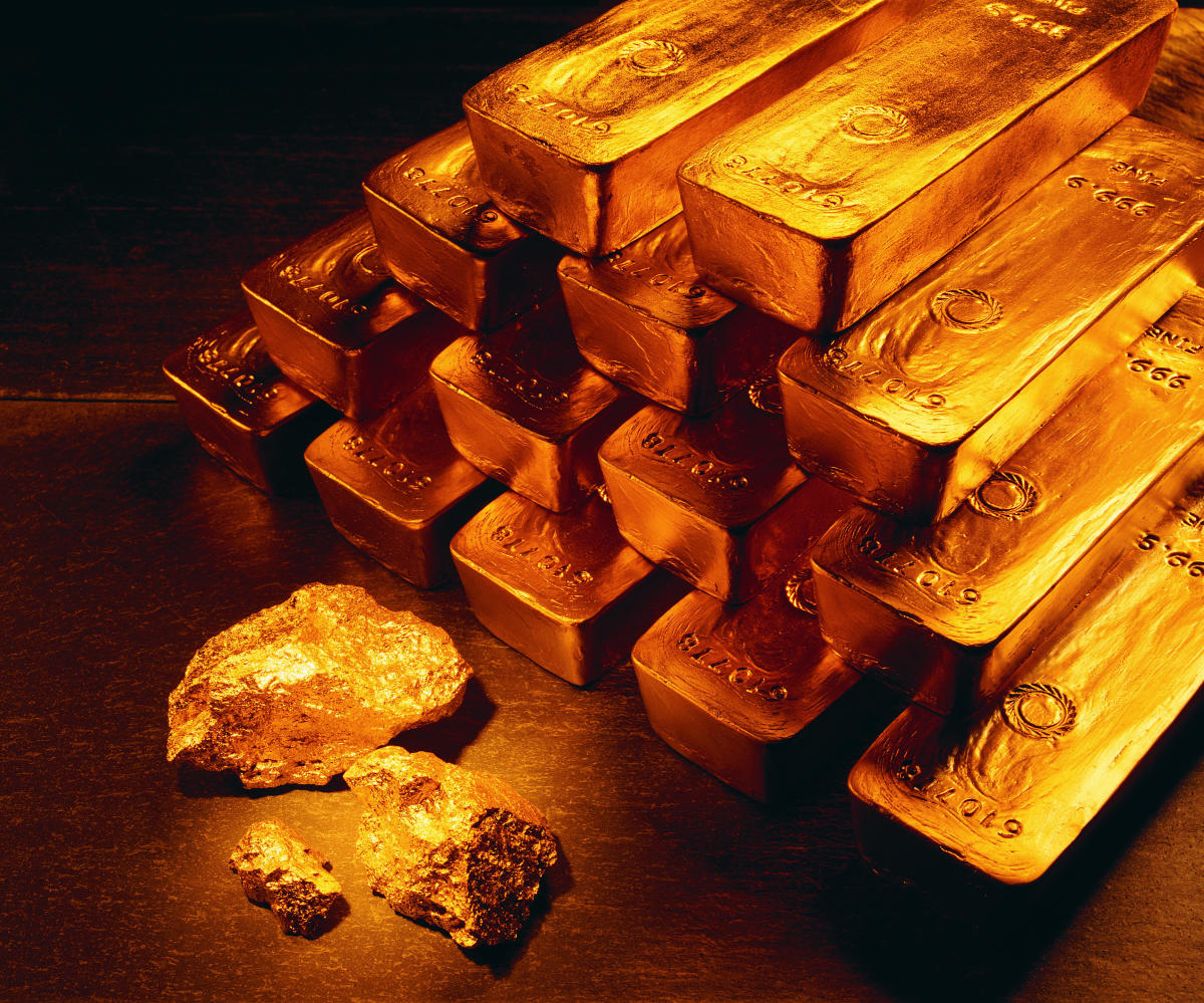 The sleuths intercepted six passengers and seized gold in compound-mixed-paste form strapped on to their bodies