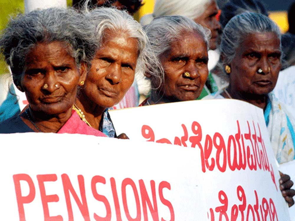 India, the study said, has been taking slow but steady steps towards strengthening its retirement income system, however, the country finds itself as the second lowest among 34 countries, grouped under grade-D along with Japan, China, Korea (South), Mexico and Argentina. (DH File Photo)