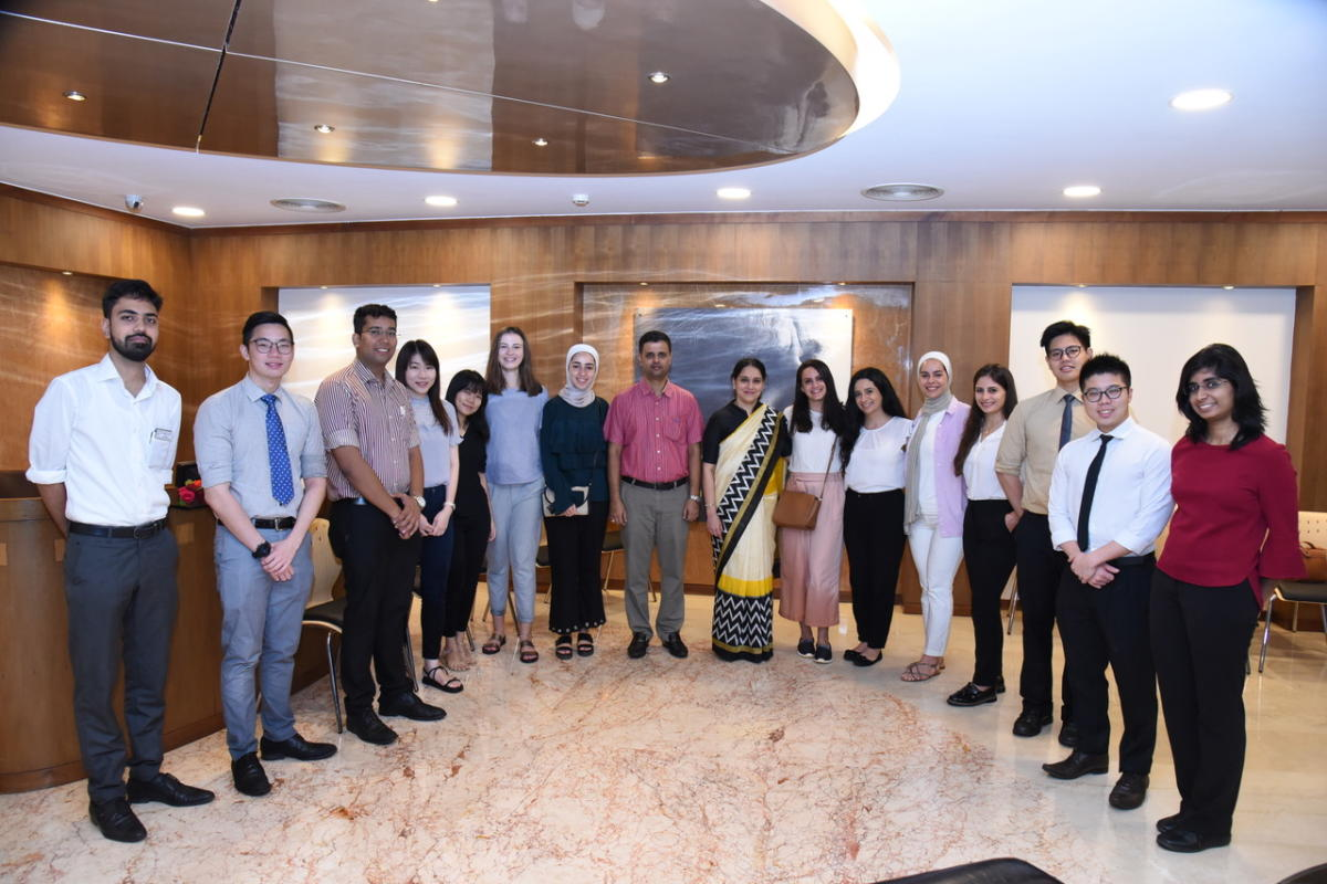 The Dental students from Malaysia, Jordan and Slovakia with MAHE Vice Chancellor, Dr H Vinod Bhat and MCODS Dean Dr Keerthilatha M Pai.