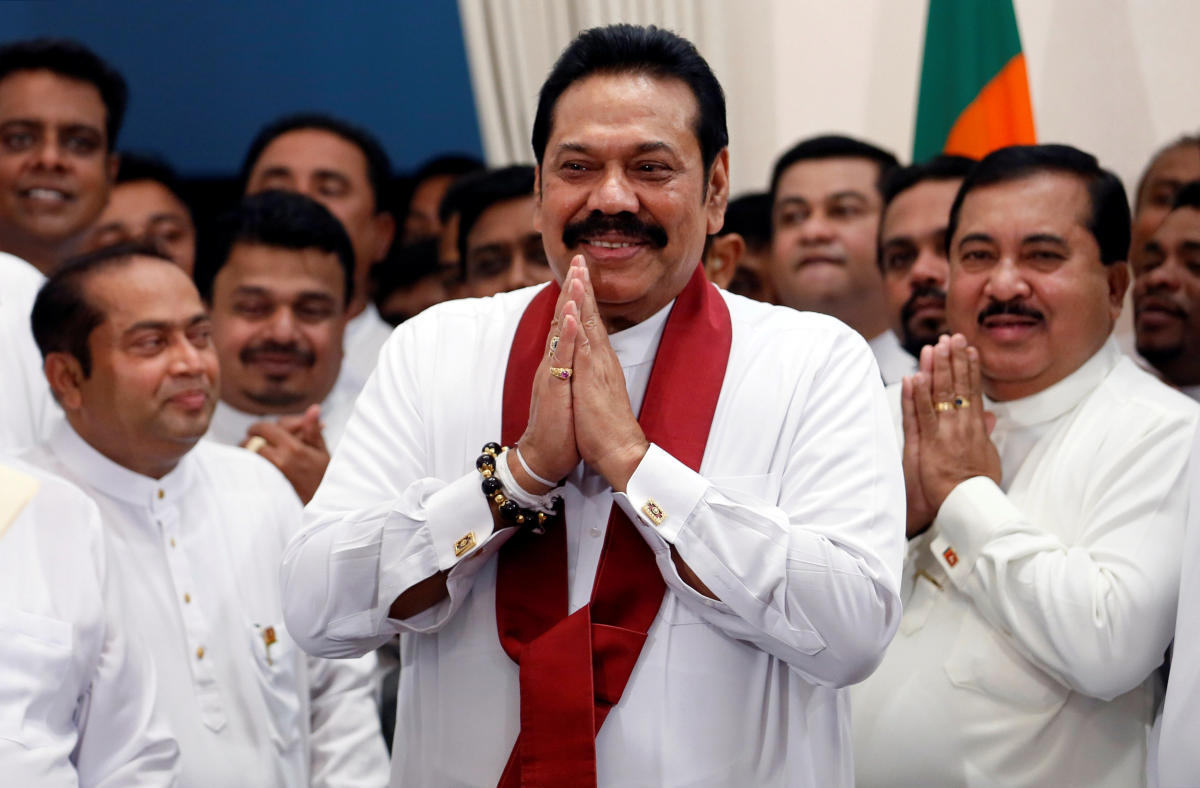 Sri Lanka's newly appointed Prime Minister Mahinda Rajapaksa gestures during the ceremony to assume duties at the Prime Minister office in Colombo, Sri Lanka October 29, 2018. (Reuters Photo)