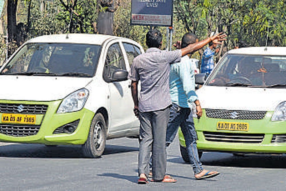 A 25-year-old software engineer was slapped and abused by a cab driver and four of his associates at a busy junction on Sarjapur Road in a case of road rage on November 5. DH file photo