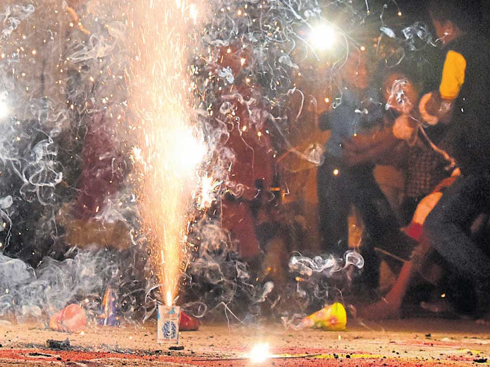 The number of eye injuries caused by firecrackers seems to be on the increase, despite the government issuing strict guidelines for the Deepavali celebrations.