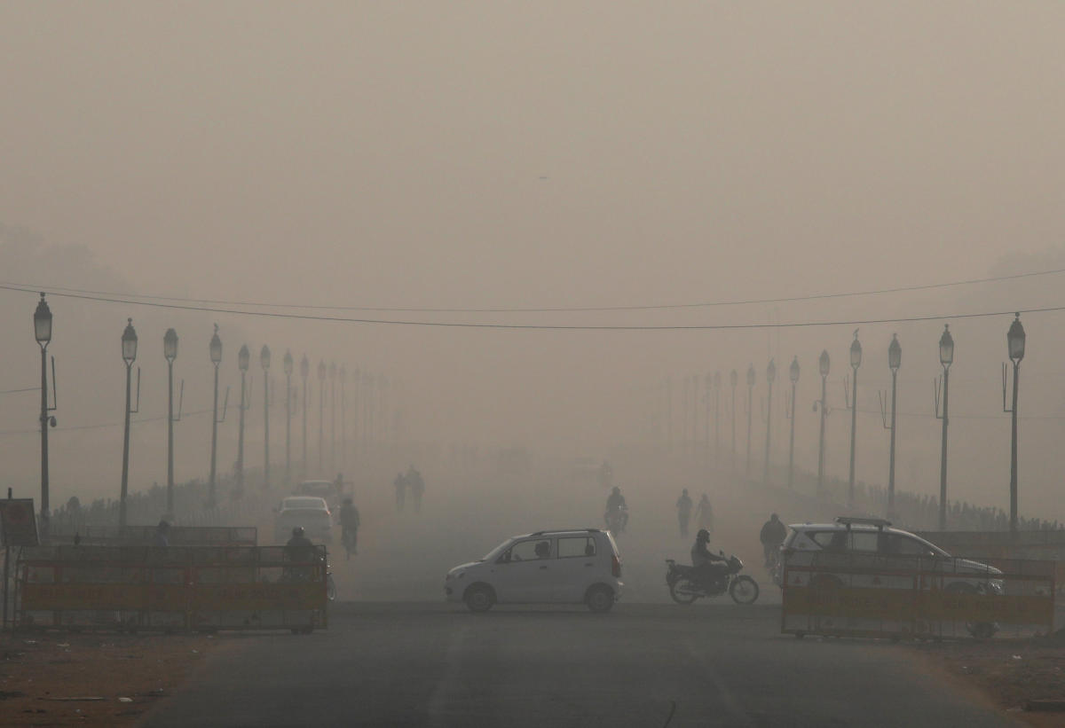 Measures to curb the smog -- from reducing heavy goods traffic and firecrackers to banning farmers from using fire to clear their fields -- have failed to clear the skies.