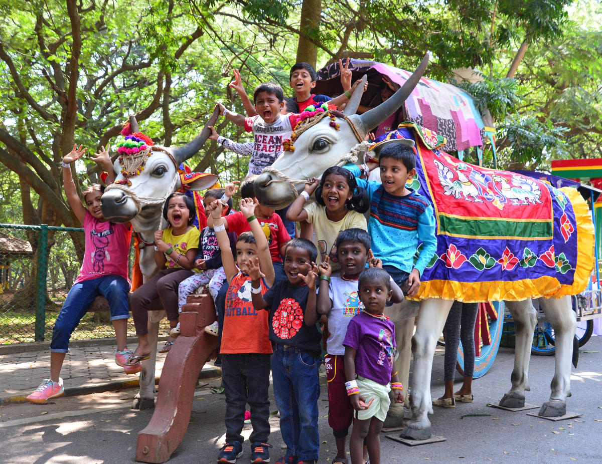 Children from across the city came together at Cubbon Park on Saturday to take part in the festival organised by the Department of Women and Child Development. The event drew a lot of visitors. DH PHOTOS/S K Dinesh & RANJU P