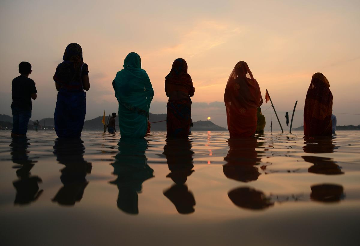 At least 41 inmates in high-security Beur Jail here on Tuesday performed Chhath puja where they paid obeisance to the Sun God. PTI
