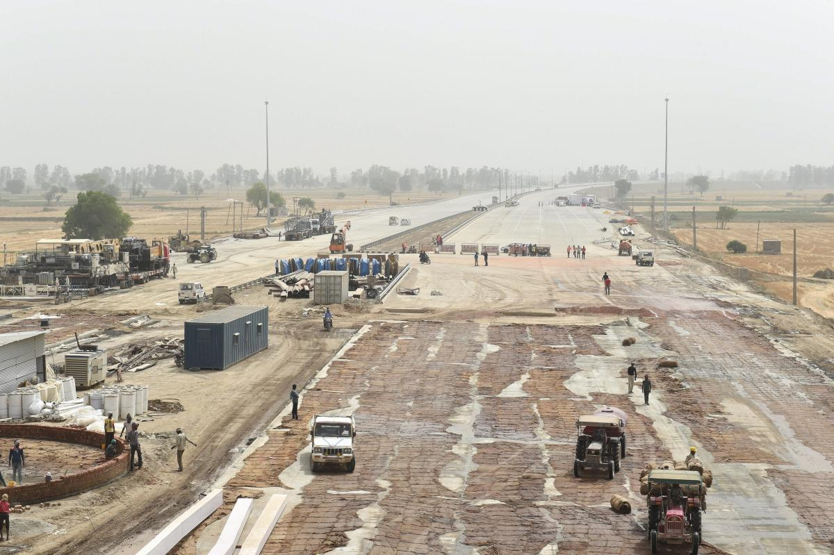 A view of the 135-km long Eastern Peripheral Expressway construction by the National Highways Authority of India to decongest Delhi traffic. PTI Photo
