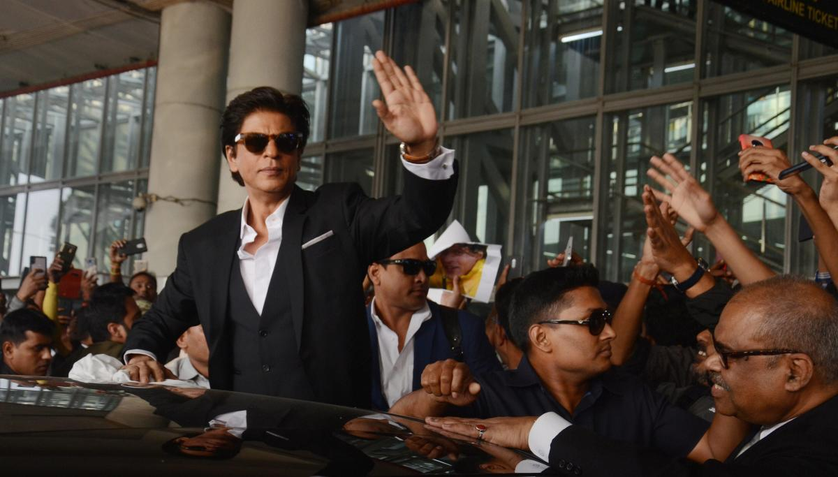 """Impressed by Air India's services, cine star Shah Rukh Khan Sunday said """"unofficially and unabashedly"""" he wants to declare himself as the ambassador of the national carrier. PTI file photo"""