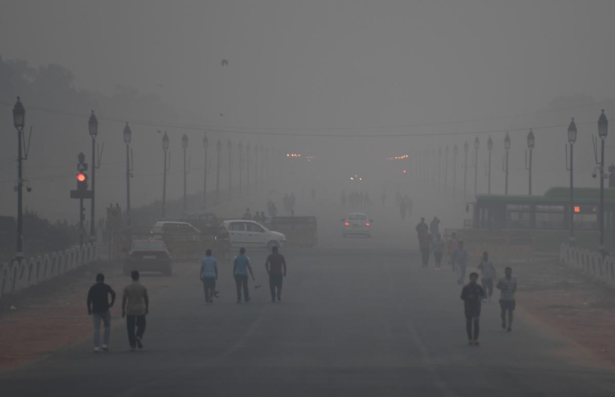 According to the Centre-run System of Air Quality and Weather Forecasting (SAFAR), the overall air quality index in the city was recorded at 387, which falls in the 'very poor' category. AFP Photo
