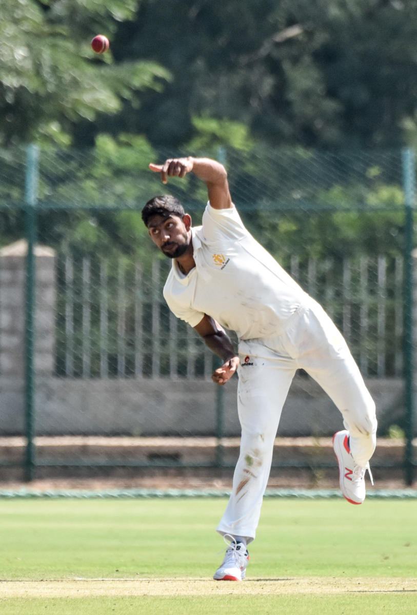 Karnataka left-arm spinner J Suchith claimed fourwickets to put the hosts on top against Maharashtra on the opening day of their Ranji Trophy match in Mysuru on Wednesday. DH Photo/ Savitha B R
