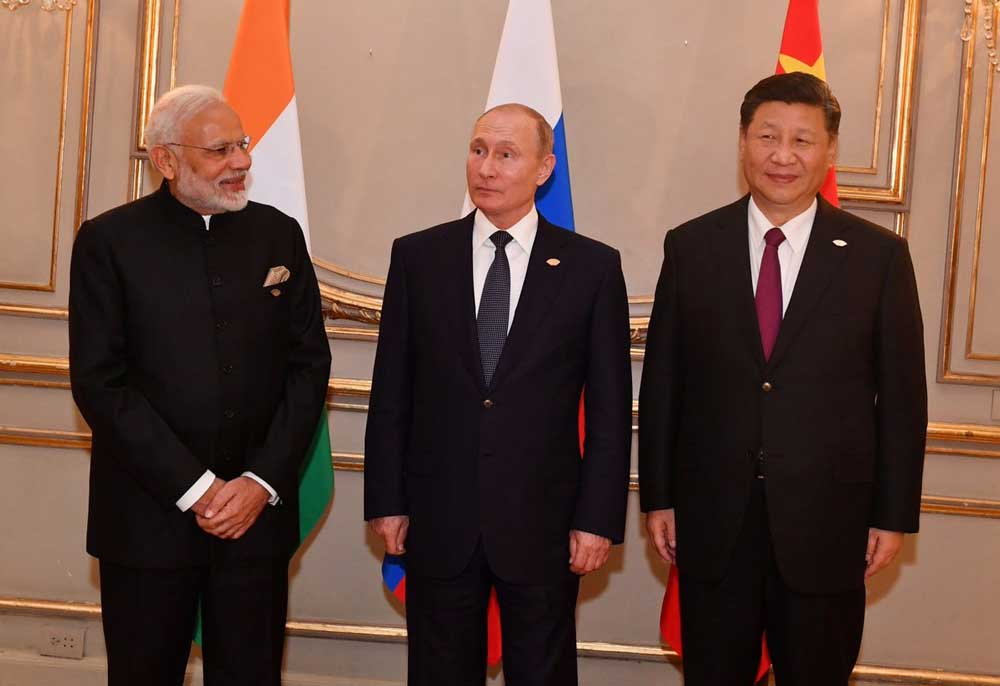 Modi, Putin and Jinping at the G20 summit. Photo: Twitter/narendramodi