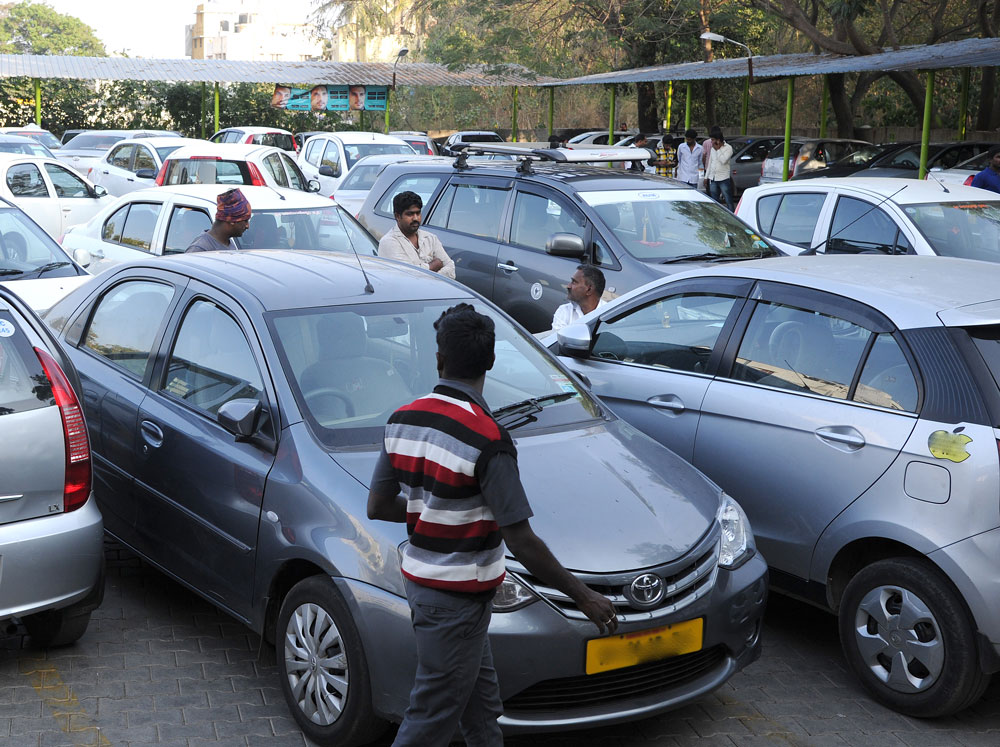 Drivers who have tied up with Ola and Uber cab aggregators will meet the representatives of two companies on Saturday and demand an end to shared rides and removal of peak hour charges. (DH File Photo)