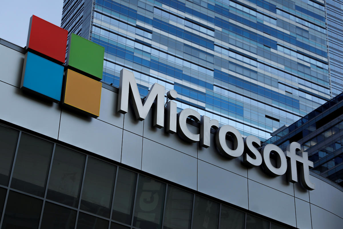 Shares of Microsoft rose 0.6 percent to end the week at $110.89, putting its market capitalization at $851.2 billion. Apple shares fell 0.5 percent to $178.58 on the day, adding up to a market value of $847.4 billion. Reuters File Photo