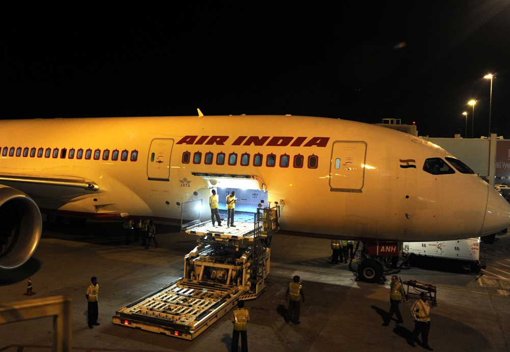 The delay was attributed to technical problems by an Air India spokesperson. However, no more details were forthcoming. It was even worse for the over 200 passengers, who included children and senior citizens. (DH File Photo)