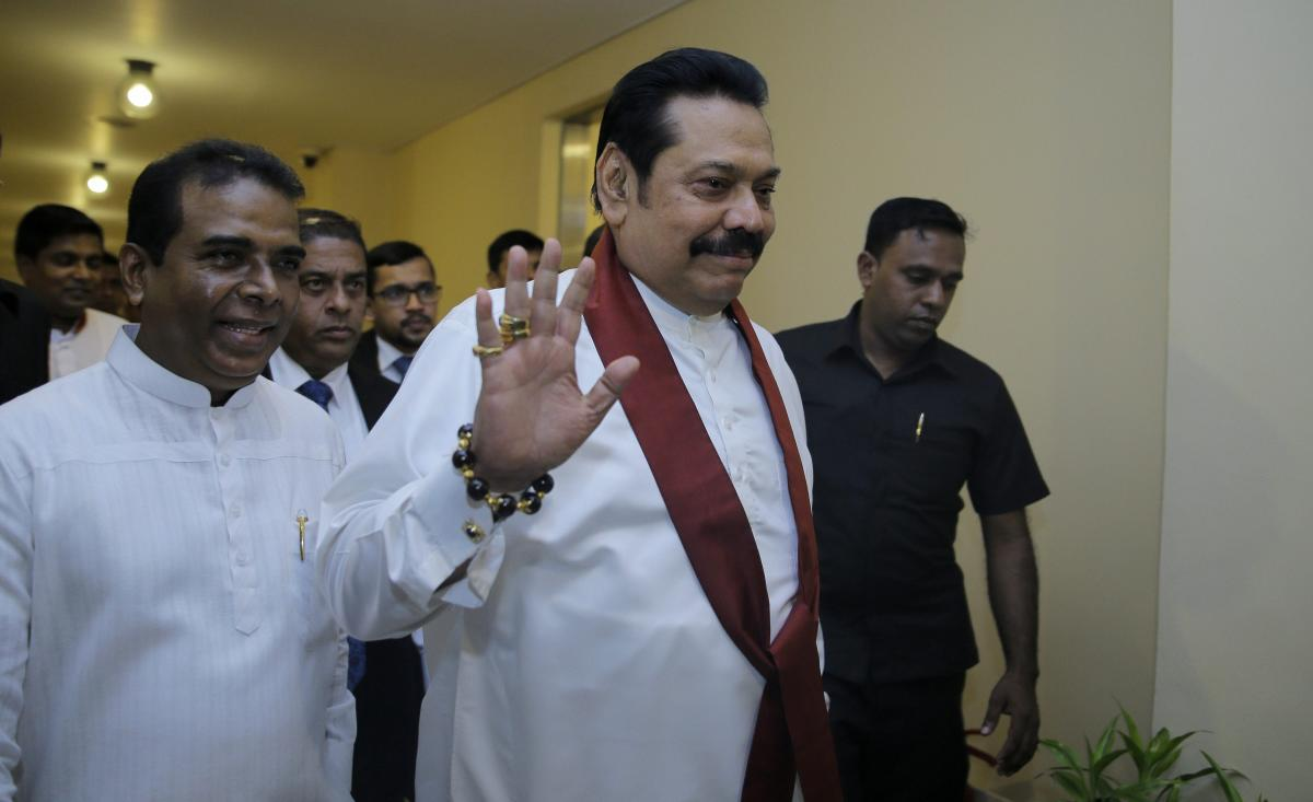 Failing to prove his majority twice, controversially appointed Sri Lankan Prime Minister Mahinda Rajapaksa on Sunday demanded to hold a snap parliamentary polls to end the ongoing political crisis in the country. PTI file photo