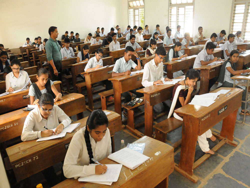 The Council for Indian School Certificate Examination (CISCE) on Wednesday announced it's decision to conduct compartmental examinations for both Classes X and XII from 2019. (DH File Photo. For representation purpose)