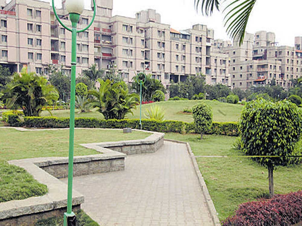 As a measure to bring in better accountability in maintenance charges collected by the apartment associations in the city, the state government has issued a circular that urges apartment associations to register themselves under The Karnataka Co-operative Societies Act, 1959.