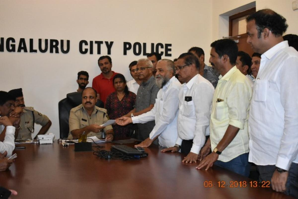 Former MLAs J R Lobo and Vijay Kumar Shetty submit a memorandum to Mangaluru Commissioner of Police T R Suresh demanding strict action against those who uploaded a hate audio message against senior Congress leader B Janardhana Poojary on Thursday.