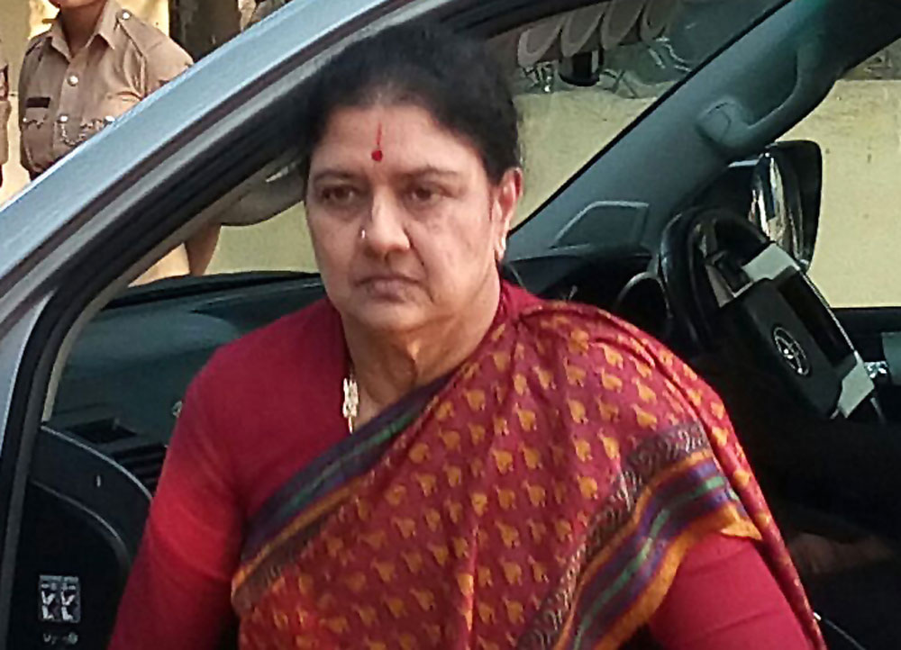 Income Tax sleuths will question former AIADMK leader V K Sasikala, lodged at the Parappana Agrahara Central Prison in the city. Prison officials said the questioning will take place on December 13 and 14. DH file photo