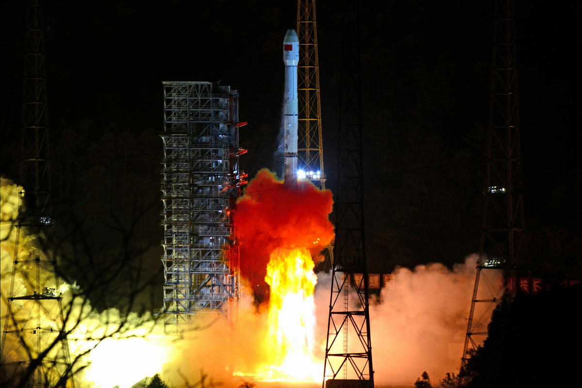 A Long March-3B rocket carrying Chang'e 4 lunar probe takes off from the Xichang Satellite Launch Center in Sichuan province, China December 8, 2018. (REUTERS)