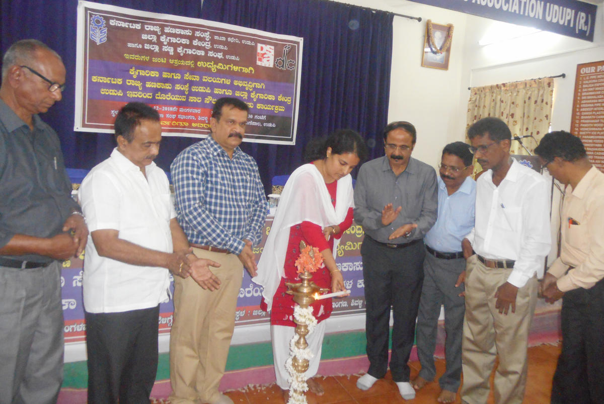 Udupi Deputy Commissioner Priyanka Mary Francis inaugurates a workshop by Karnataka State Financial Corporation in association with District Industries Centre in Manipal on Tuesday.