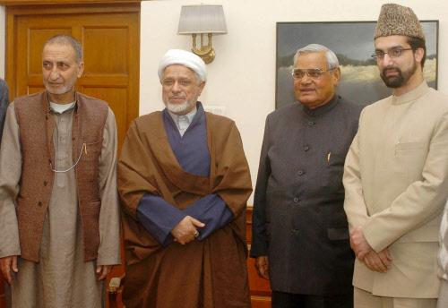 Prime Minister Atal Behari Vajpayee with Hurriyat Conference leaders (L-R) Abdul Gani Bhatt; Maulana Abbas Ansari and Umar Farooq in New Delhi. DH file photo
